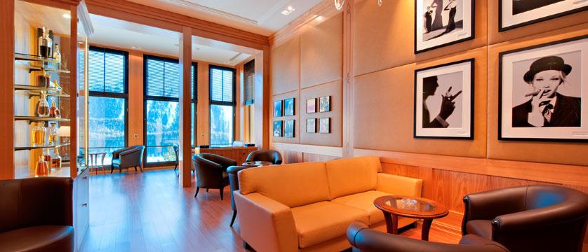 Switzerland_St-Moritz_Hotel-Kulm_Miles-Davis-Lounge.jpg